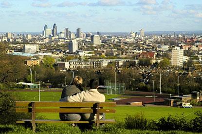 http://londonerfromafar.files.wordpress.com/2011/09/parliament-hill.jpg