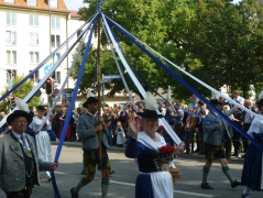 A Londoner from Afar Goes to Munich1 - Oktoberfest Parade3