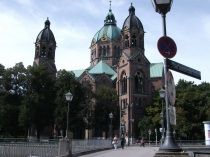 A Londoner from Afar Goes to Munich1 - Monastery Church St Anna.