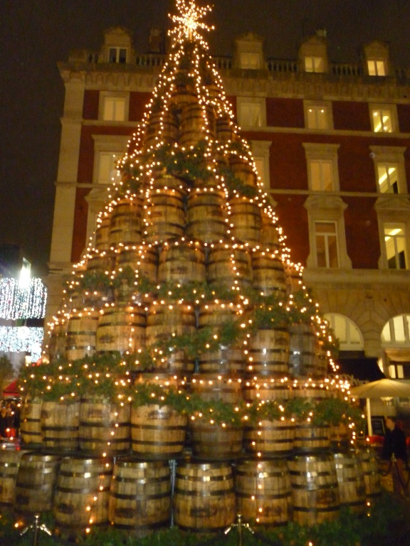 Innovative Christmas Trees in London4